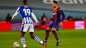 Araújo y su circulación del balón, en el partido de la Supercopa.
