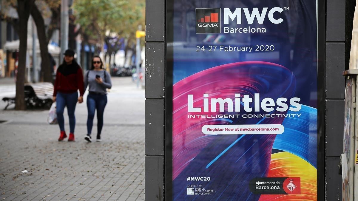 Un anuncio del Mobile en las calles de Barcelona.