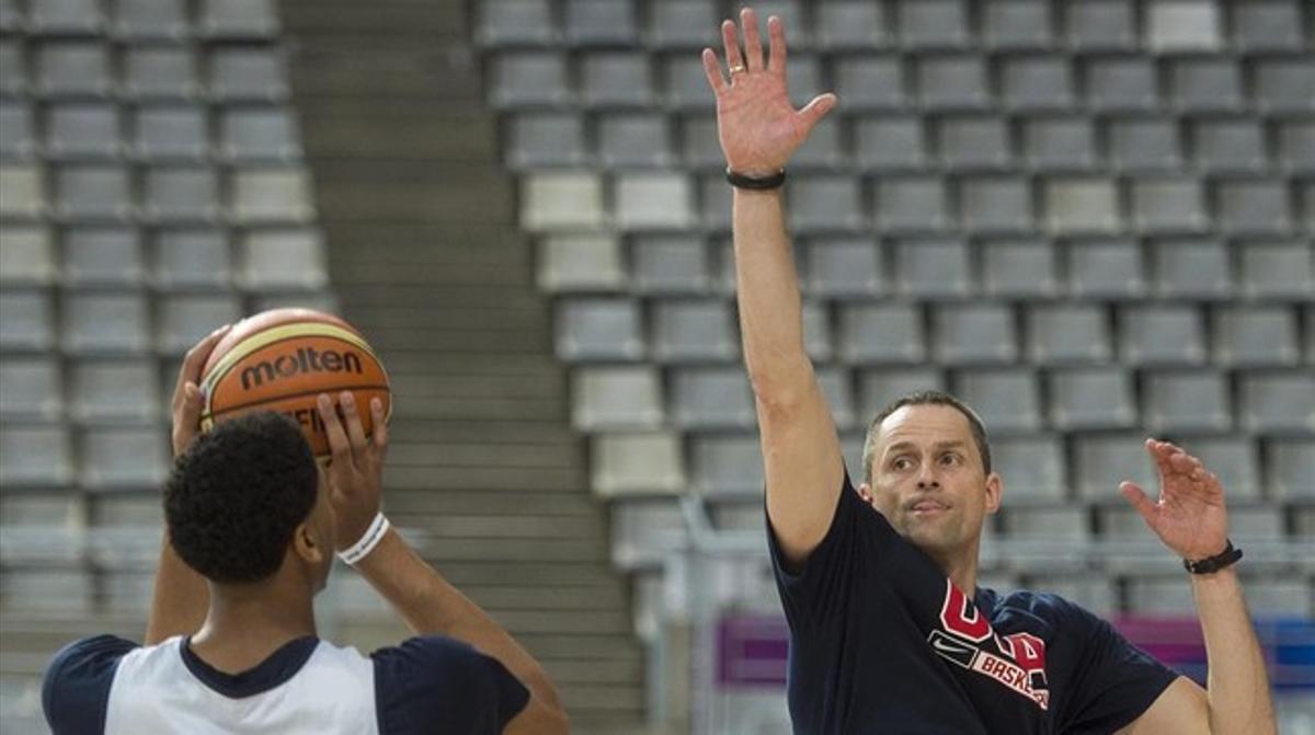 Karnisovas entrena con Davis en el Sant Jordi.