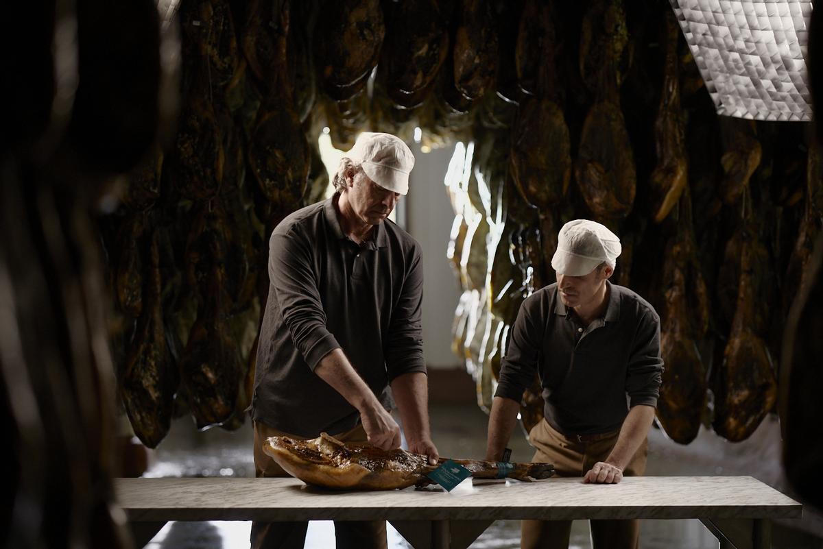 ¿Cómo cortar jamón ibérico de bellota?