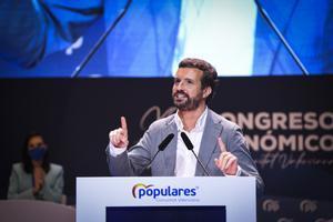 El presidente del PP, Pablo Casado, interviene en el XV Congreso Regional de los populares valencianos tras la elección de su nuevo líder, Carlos Mazón, este 3 de julio en València.