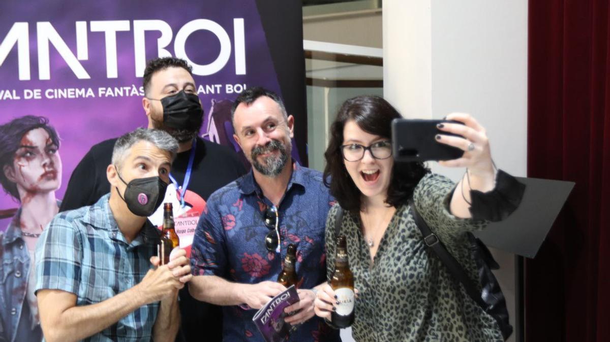 Selfie de grupo del jurado del festival Fantboi
