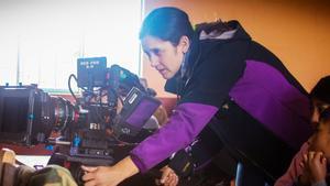 La directora Yvette Paz Soldán presenta 'La tonada del viento'.