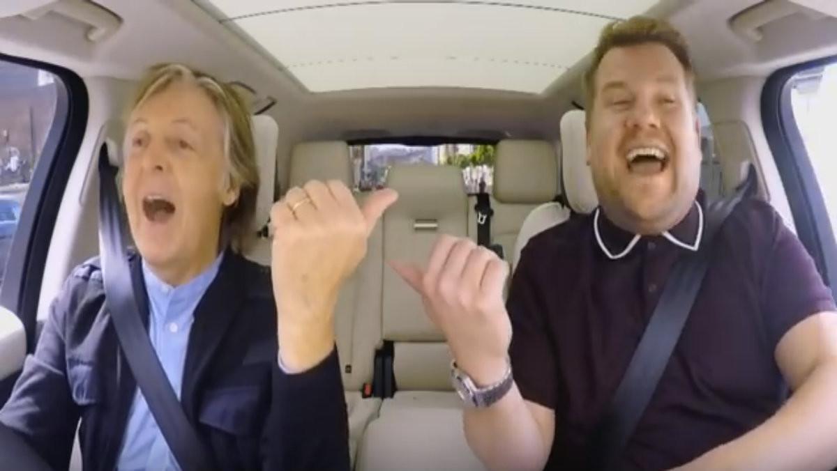 Paul McCartney y James Corden cantan en 'Carpool Karaoke'.