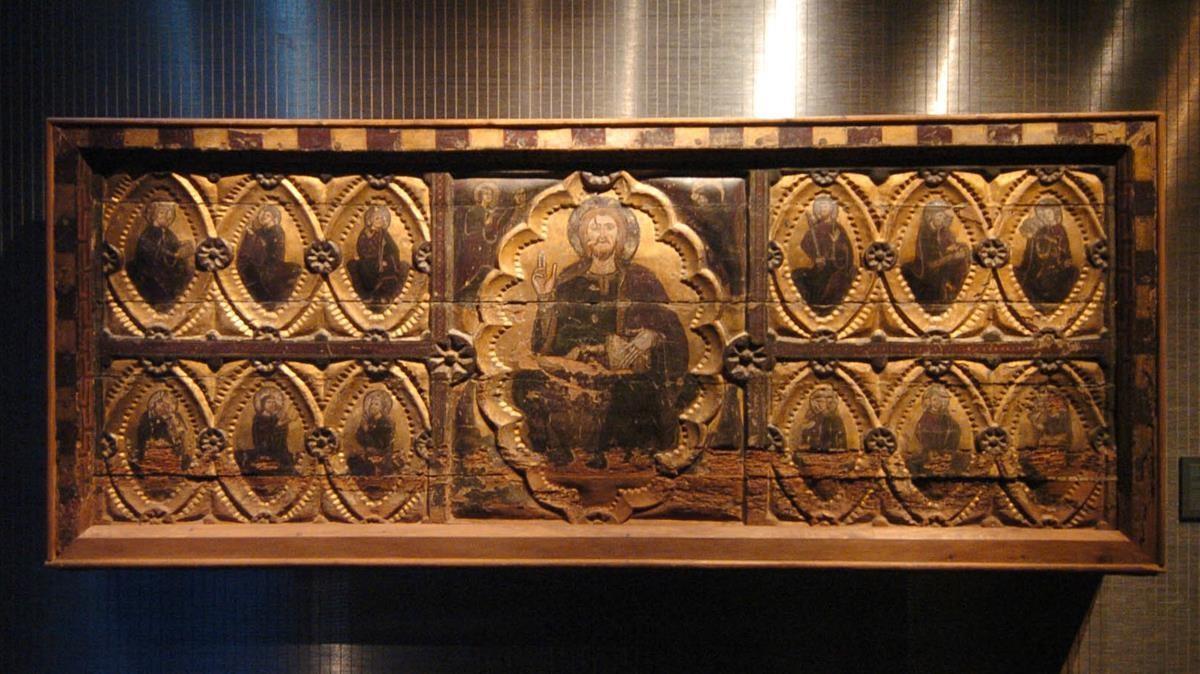 Frontal del Salvador de Berbegal, uno de los pocos ejemplares del llamado 'arte del 1200'.