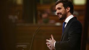 """Casado a Sánchez: """"Pide aquí unidad pero no la tiene dentro de su Gobierno""""."""
