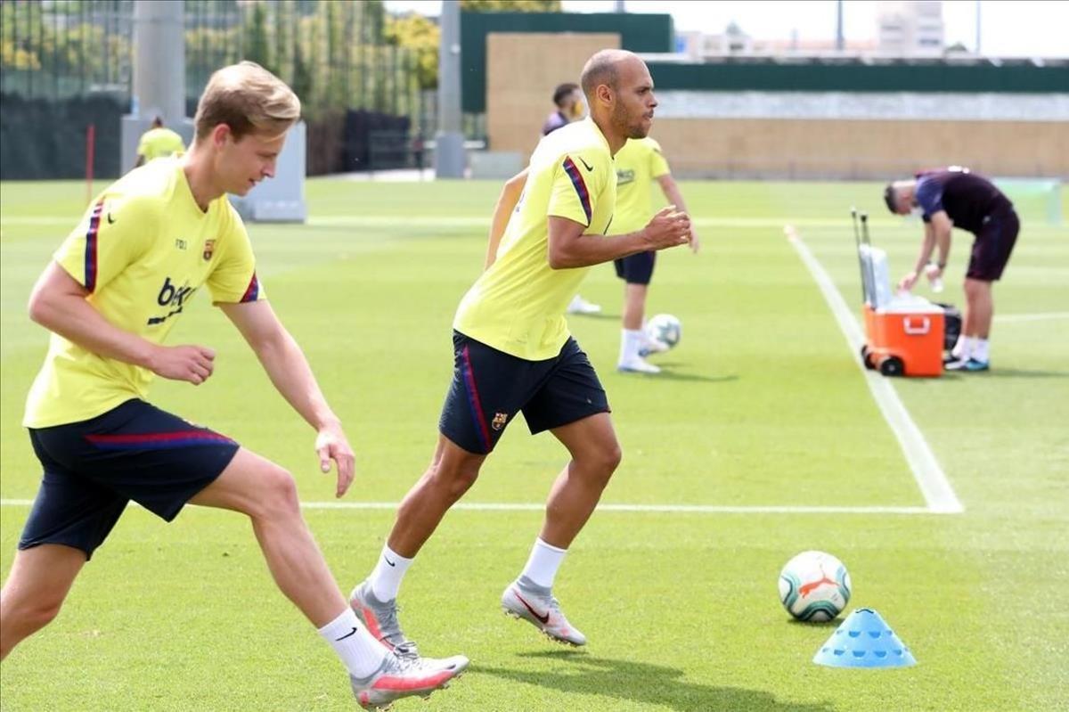 De Jong, en un entrenamiento en la Ciutat Esportiva