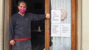 Vicens Bueso: «Si tanca l'escola del costat, em moro»