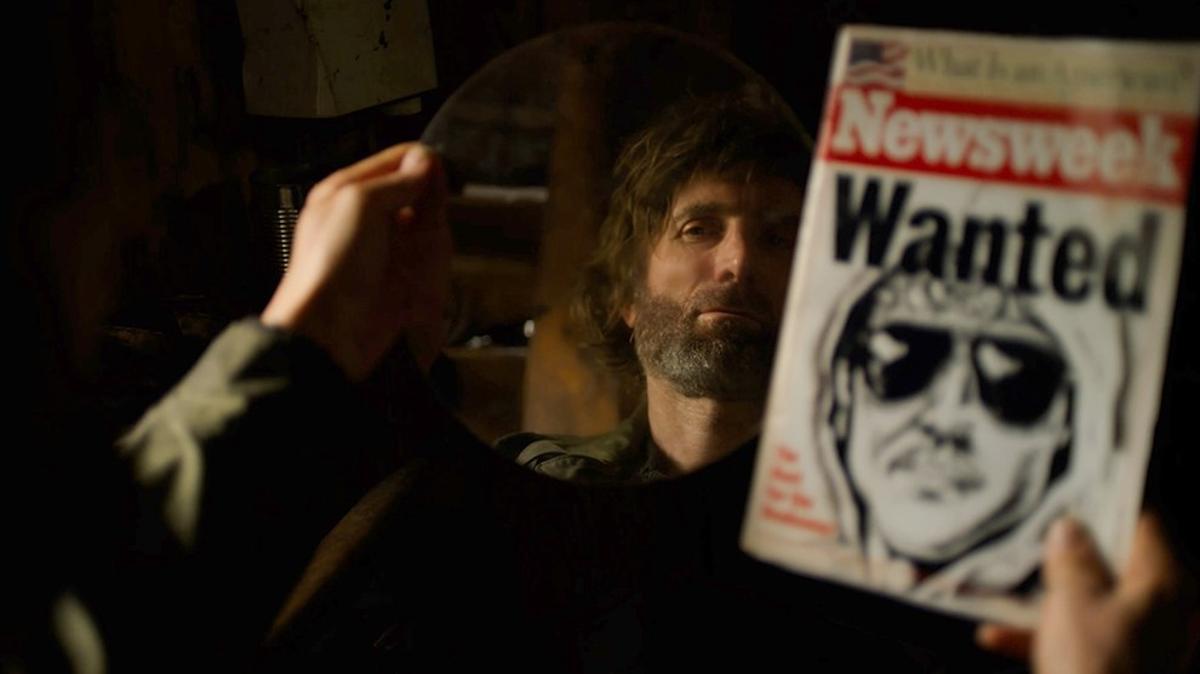 Sharlto Copley, como Unabomber, en un fotograma de 'Ted K'.
