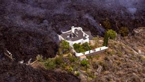 La lava del volcán de La Palma cubre ya 106 hectáreas y destruye 166 casas