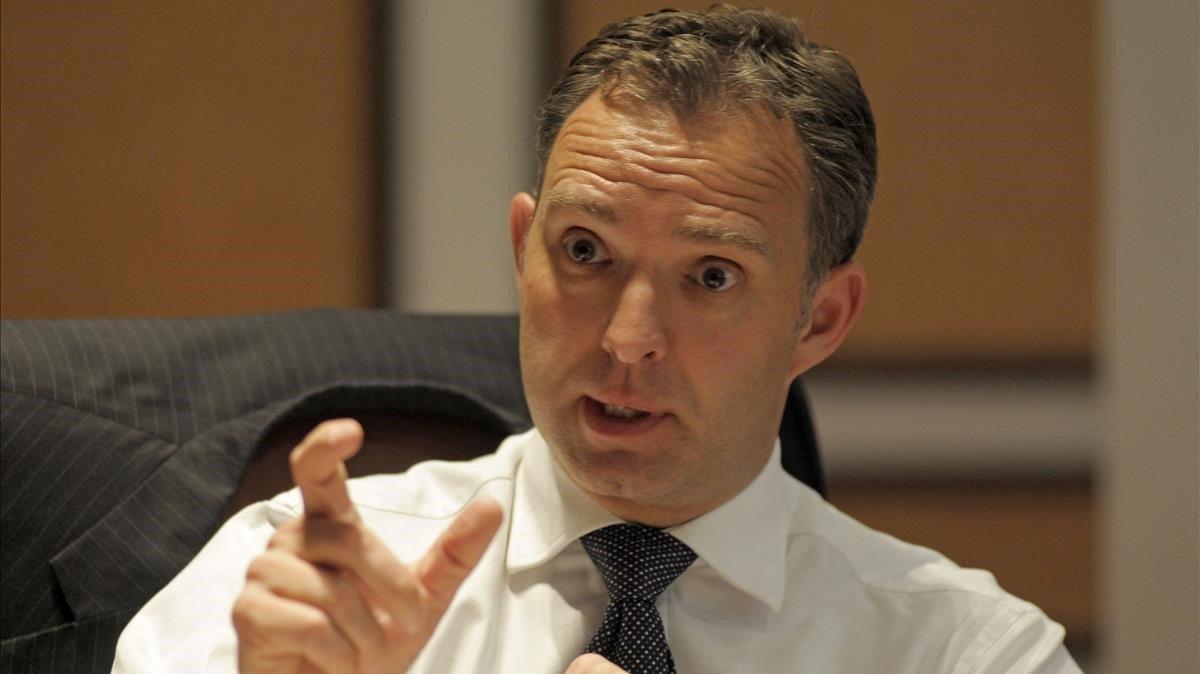 Johnson reprèn l'assetjament dels alts funcionaris