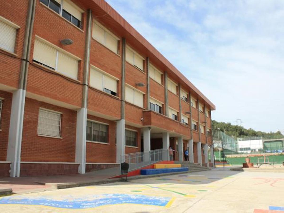 Edificio de la Escuela Germans Amat i Targa de Viladecans