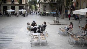 Bars de Barcelona que no han guanyat terrassa denuncien greuges comparatius