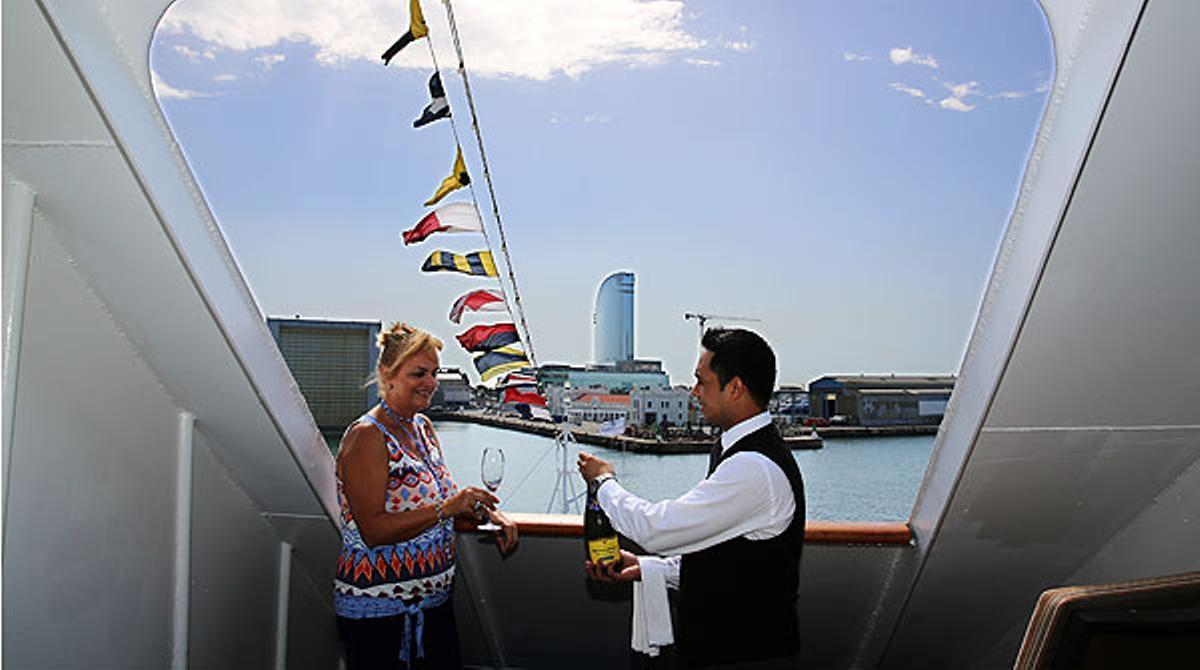 Barcelona acoge el Silver Wind, el crucero más selecto.