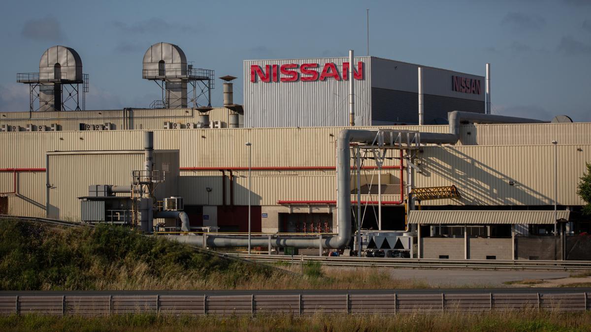La primera jornada de vaga indefinida de les subcontractes de Nissan llasta les seves produccions