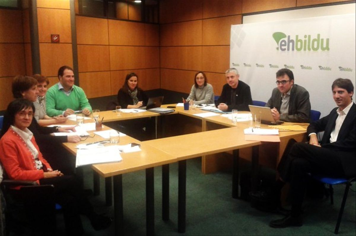 Reunión entre dirigentes de ERC y Bildu, el pasado diciembre.
