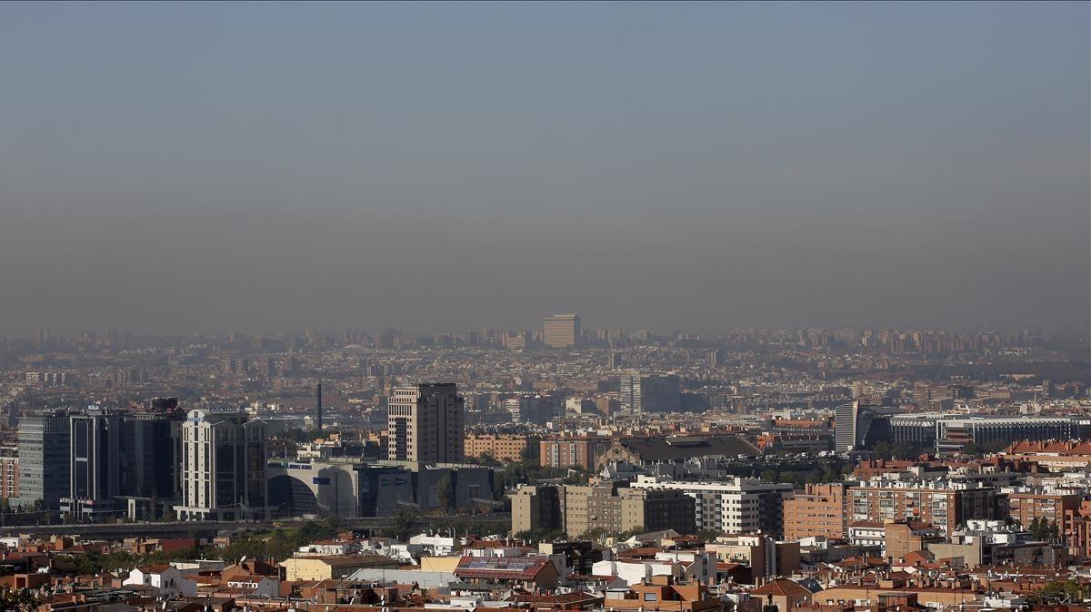 Madrid, en una mañanacon los niveles de contaminación elevados.
