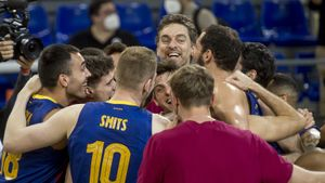 El Barça de basket liderado por Pau Gasol celebra su pase a la final four de la Euroliga