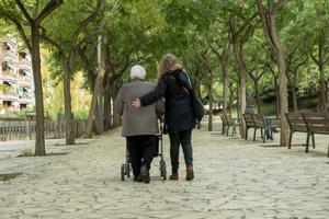 Trucades a setanta mil persones grans de Barcelona per oferir-los recolzament i ajuda