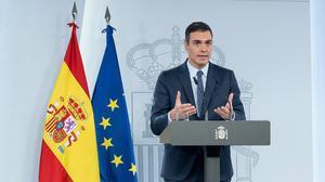 El presidente del Gobierno, Pedro Sánchez, durante la rueda de prensa en la que ha detallado el nuevo estado de alarma, este sábado.