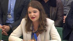 Brittany Kaiser, la exdirectiva de Cambridge Analytica.