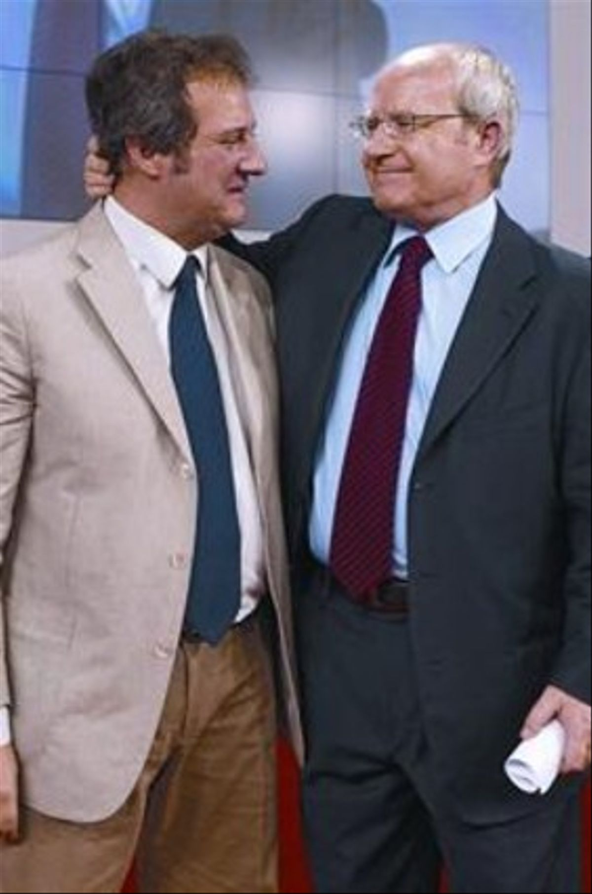 El alcalde Jordi Hereu, junto al expresidente de la Generalitat y primer secretario del PSC, José Montilla, ayer.