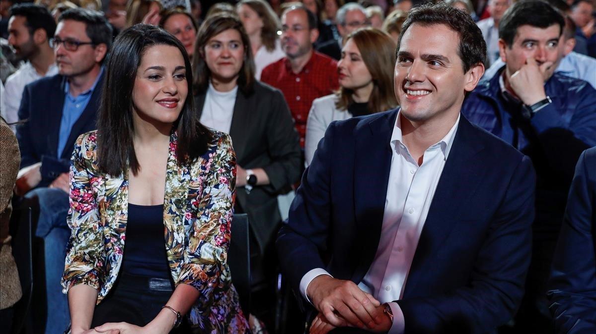 La líder de Cs en Catalunya, Inés Arrimadas, junto al presidente del partido, Albert Rivera.