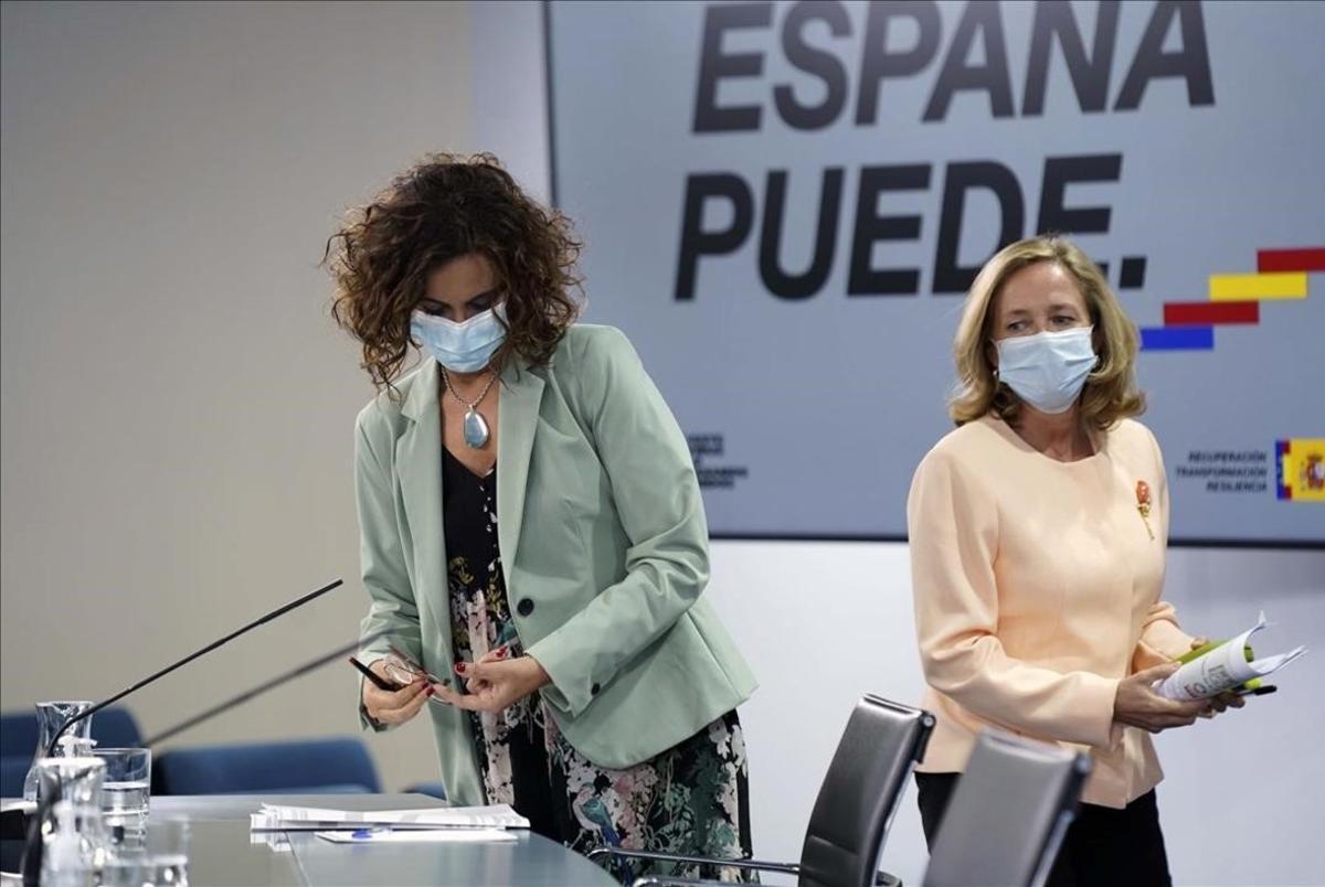 Rueda de prensadel Consejo de Ministros y que en esta ocasión la ofrecieron la ministra portavoz y de HaciendaMaria Jesús Montero y la vicepresidenta y ministra de Asuntos EconómicosNadia Calviño.