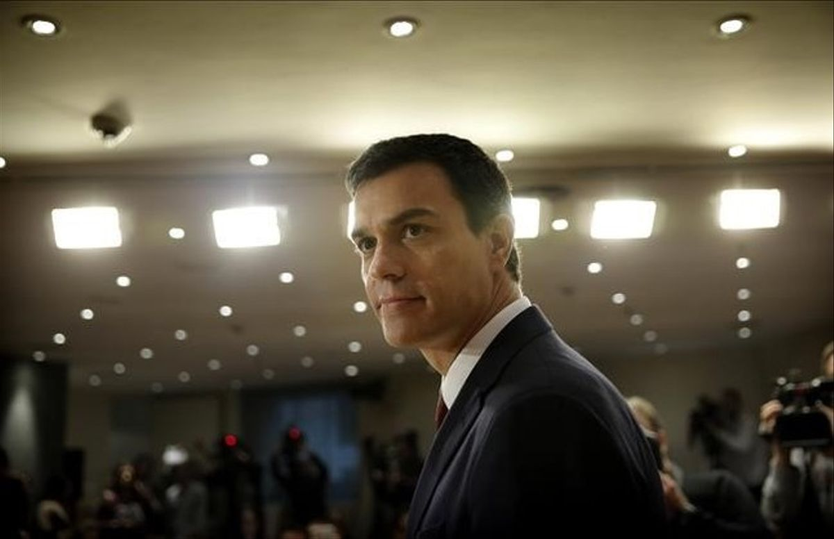 Sánchez, en el Congreso, tras su audiencia con el Rey.