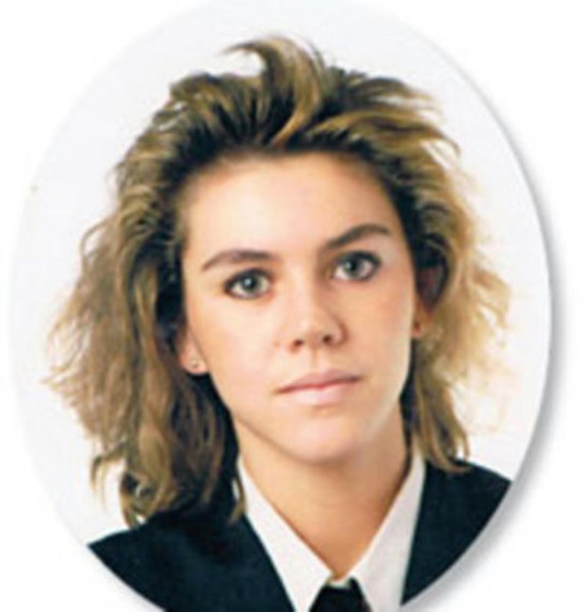Dolores de Cospedal, en su juventud.