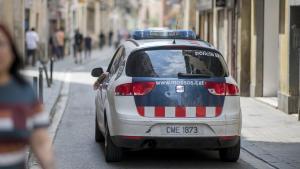 A la presó per tres estrebades a Barcelona des d'una moto