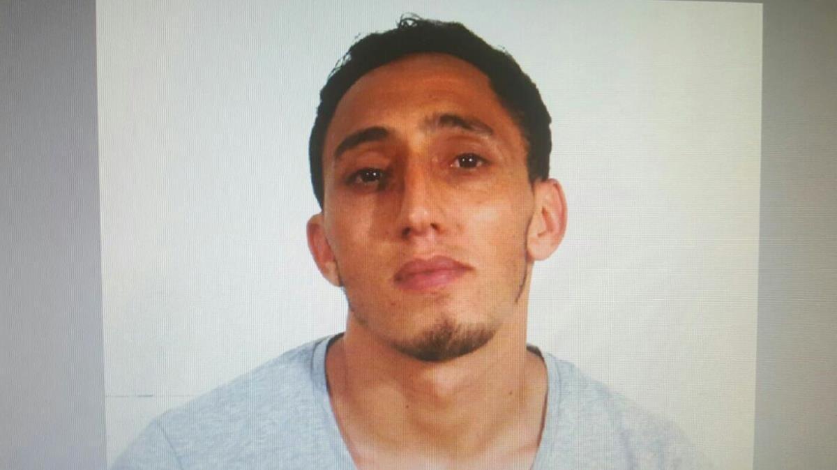 Driss Oukabir, uno de los sospechosos de pertenecer a la célulaterrorista que atentó en Barcelona y Cambrils.