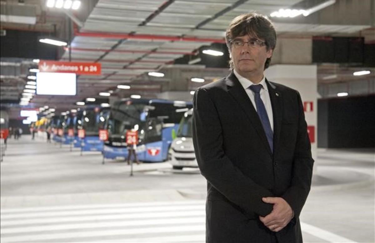 El presidente de la Generalitat,Carles Puigdemont,en la inauguracion de la nueva estación de autobuses de Girona, el pasado viernes.