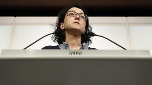 La diputada del PSC, Eva Granados, durante la rueda de prensa.