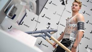 De Ligt pasa la revisión médica en Turín con la Juventus.