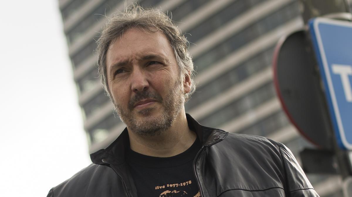 Carlos Zanón.