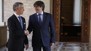 Reunión del lendakari Íñigo UrkulluUrkullu y el president Carles Puigdemont el pasado junio.