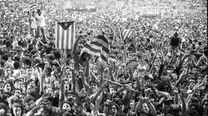 Espectadores del histórico concierto en el Palau Sant Jordi del 14 de junio de 1991.