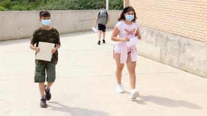 Un pediatre confia que al setembre ja no serà necessària la distància a les escoles