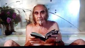 Pau Riba en la bañera (FAQS, TV-3).