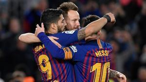 Festejo del gol de Suárez en el triunfo ante el Rayo Vallecano.