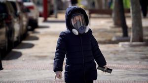 Els freqüents refredats que pateixen els nens a l'hivern podrien protegir-los del Covid-19