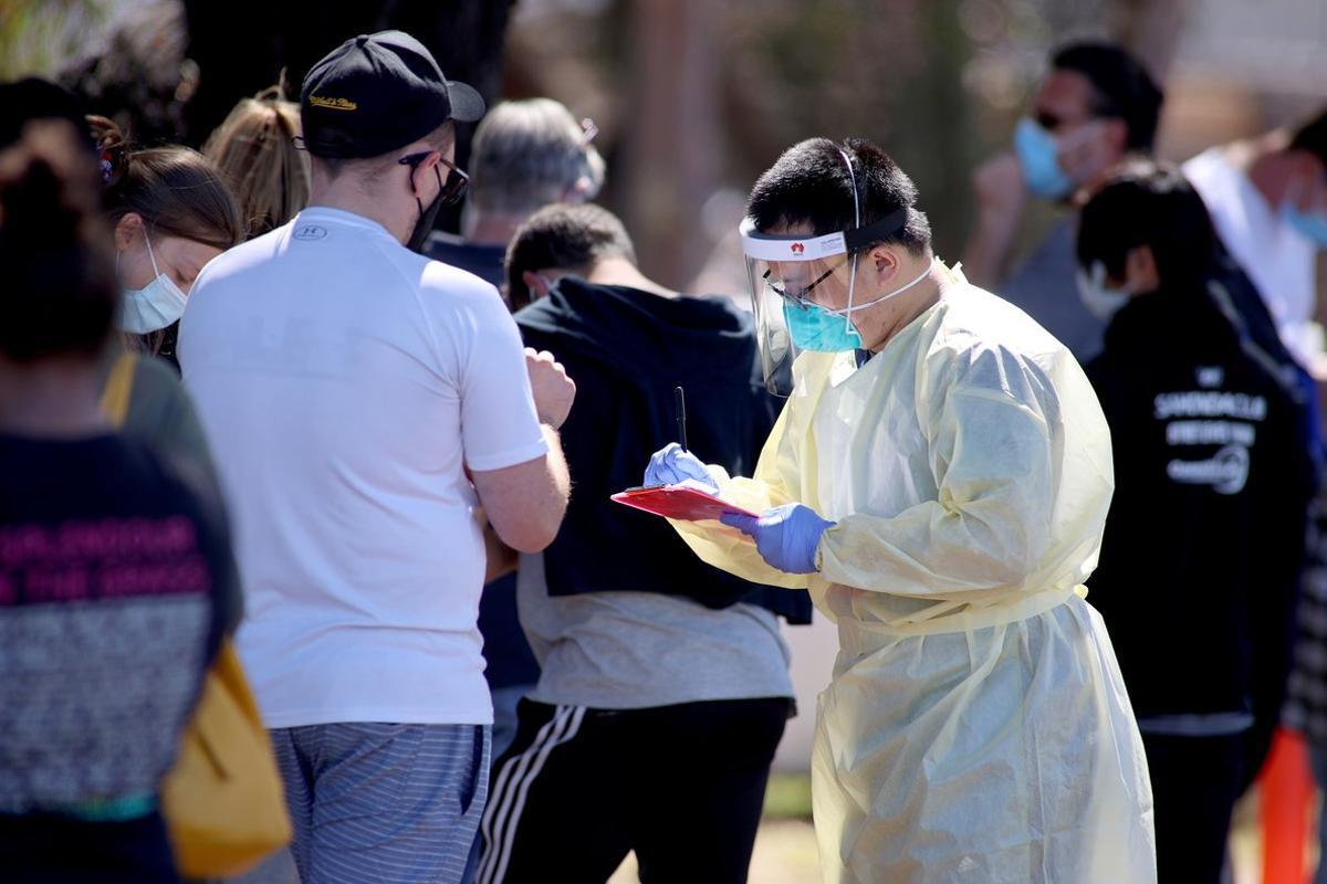 Australia registra más de 27.750 infecciones de covid-19.