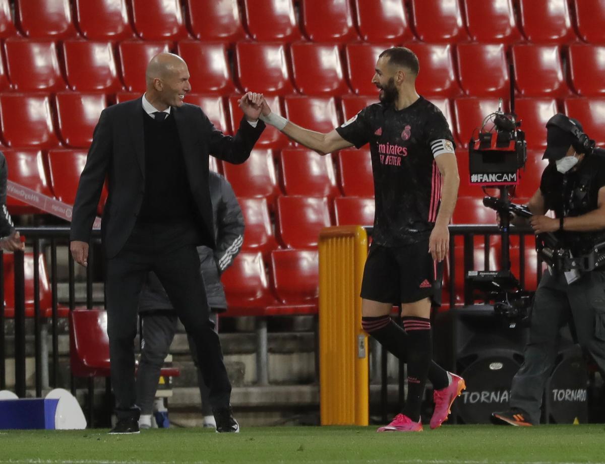 Zidane deixarà el Madrid a l'acabar la temporada, segons anuncia Telemadrid