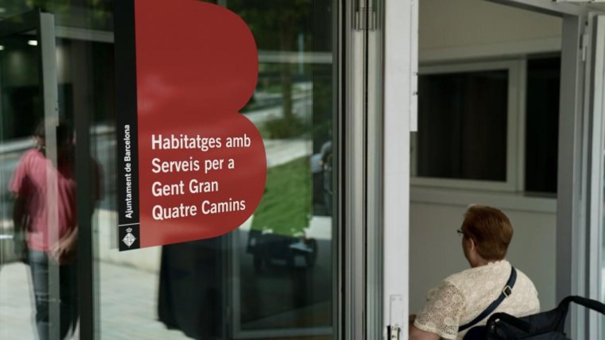 Un servicio de atención social e individual hará el seguimiento del bienestar del vecindario.