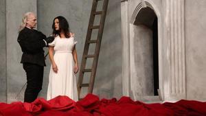 Un retallat 'Don Giovanni' triomfa a un Liceu ansiós d'òpera