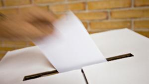 ¿T'ha tocat ser membre d'una mesa electoral? Aquest és el teu manual