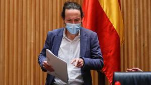 Iglesias reprocha al PSOE que retrase la prohibición de los desahucios