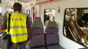 Un vagón de un tren de Cercanías de Renfe.