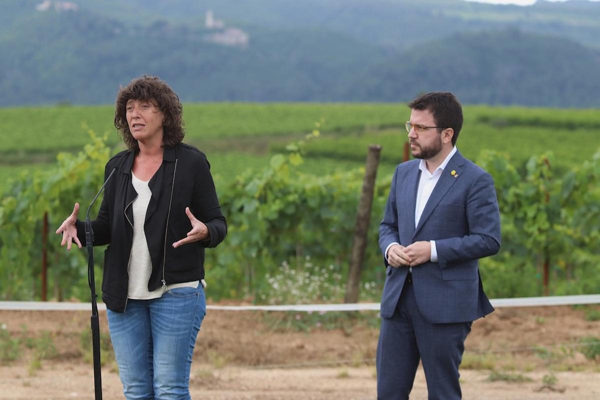 La consellera Teresa Jordà y el vicepresidente Pere Aragonés.